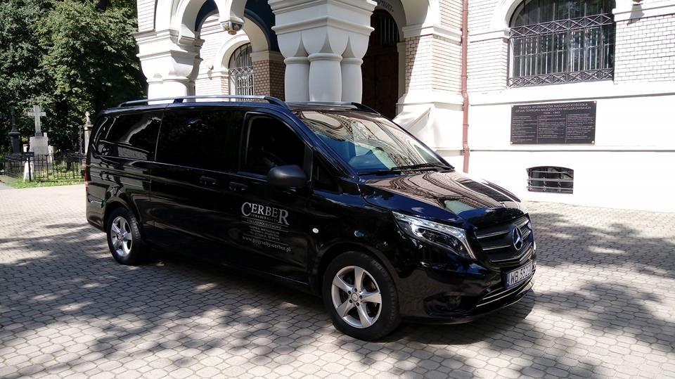 Mercedes karawan CERBER